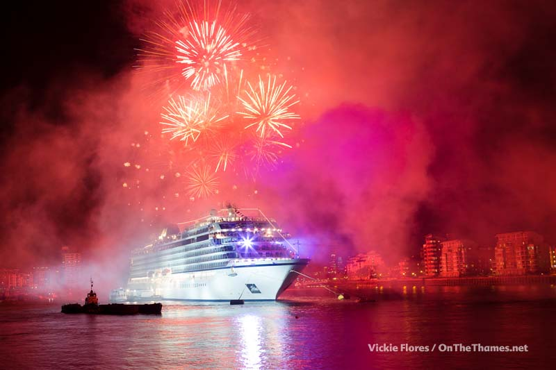 Viking_Sea_fireworks_13